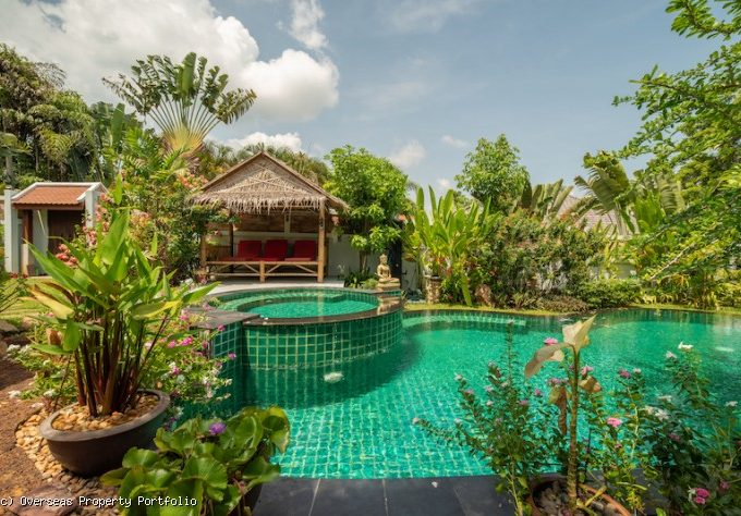 S1638: PEACEFUL KOH SAMUI VILLA FOR SALE IN PRIME LOCATION