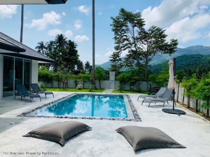 S1807: KOH SAMUI VILLA IN QUIET AREA FOR SALE AND RENT