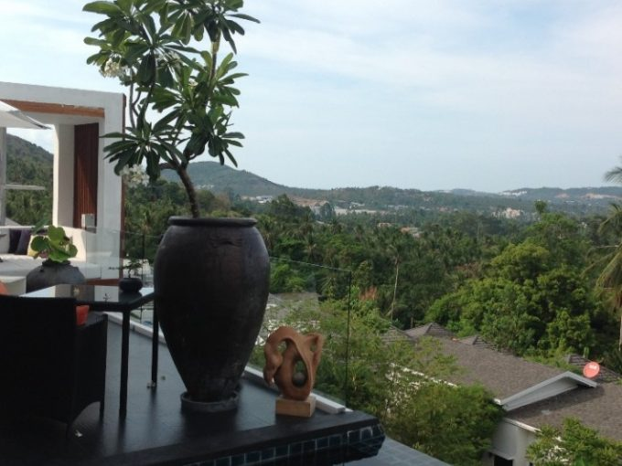 S1129: STYLISH KOH SAMUI VILLA FOR SALE WITH PANORAMIC VIEWS