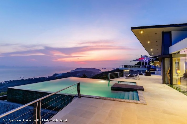 EXCLUSIVE VILLA WITH PANORAMIC VIEWS